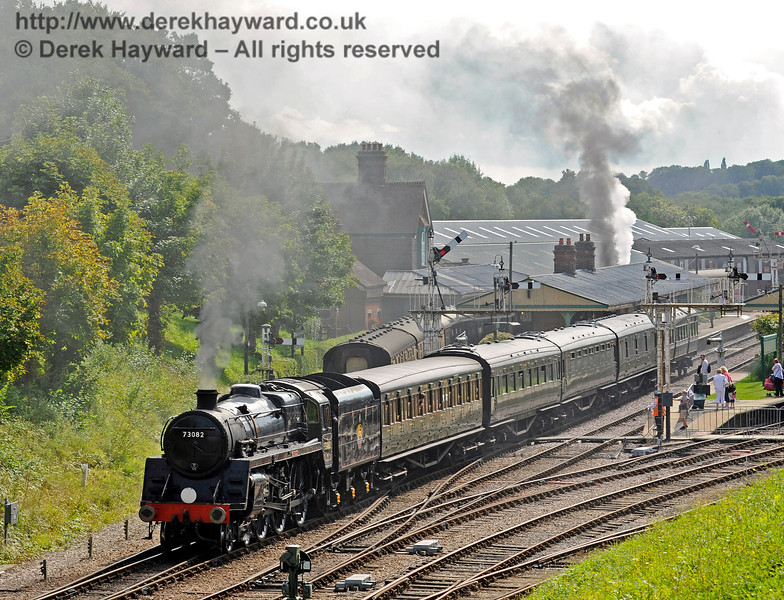 73082 leaving Horsted Keynes as 847 blows off in the down platform. 19.08.2017 15939