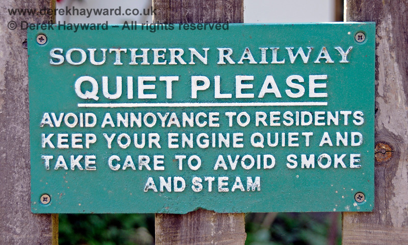 A period notice at Horsted Keynes which is rather better than some in use elsewhere on the line. 01.06.2019 19220