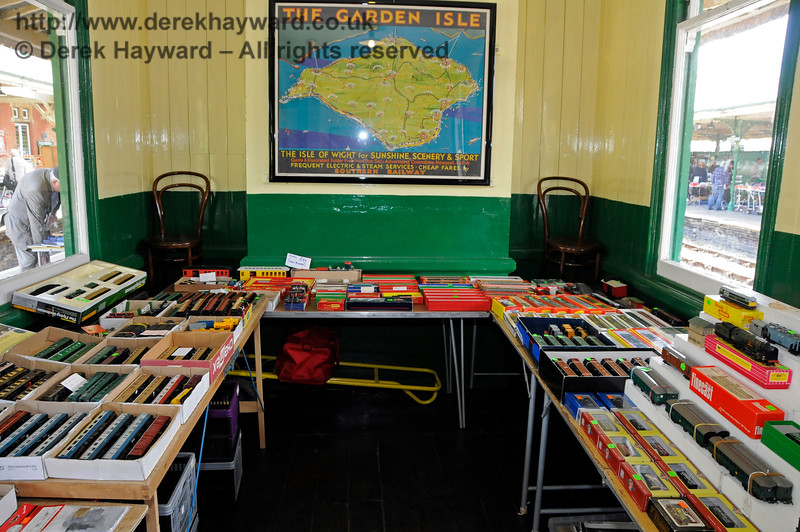 Bluebell Railway Toy and Rail Collectors Fair, Horsted Keynes Station, 30.04.2016  14980