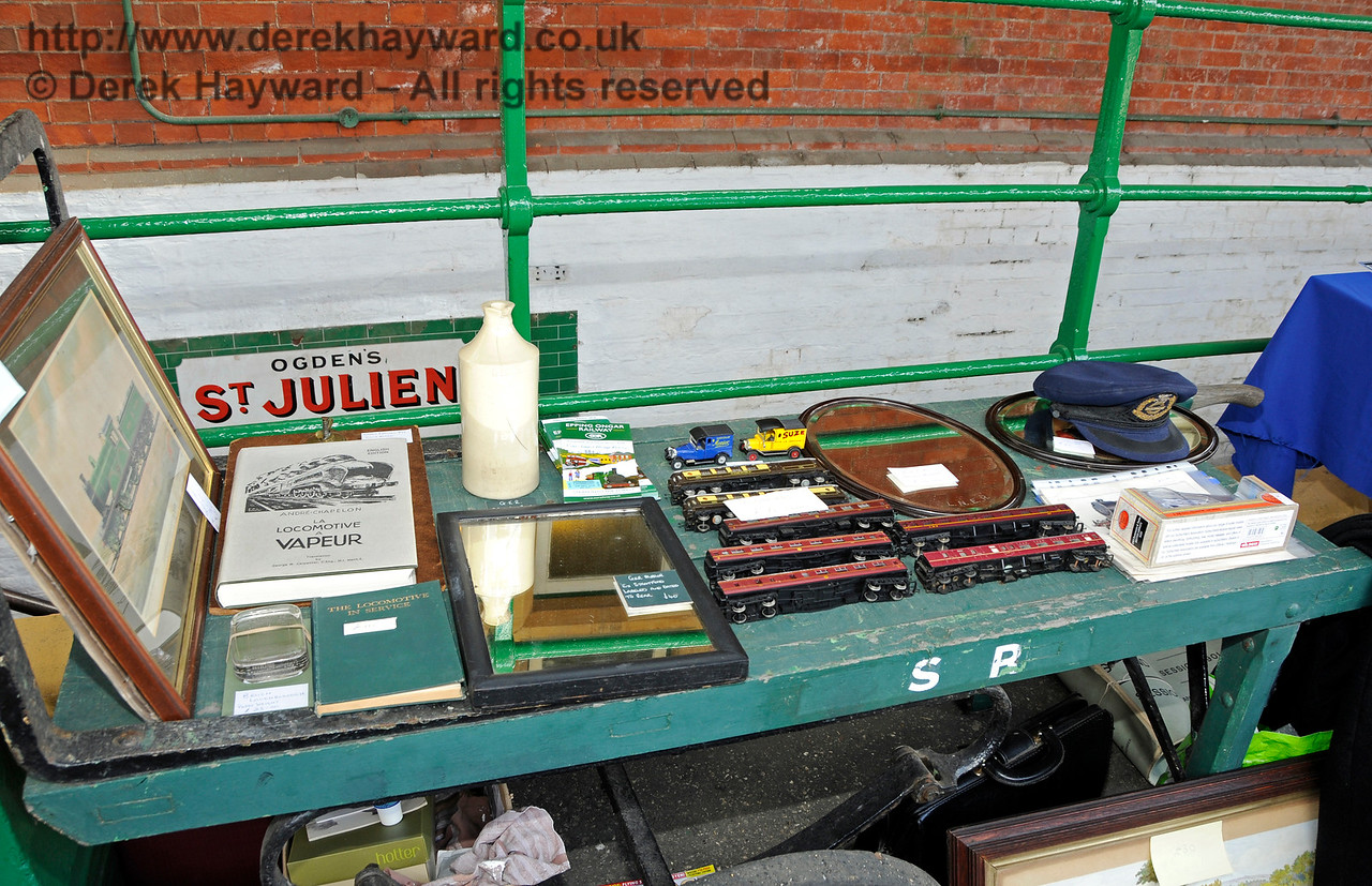 Bluebell Railway Toy and Rail Collectors Fair, Horsted Keynes Station, 30.04.2016  14966