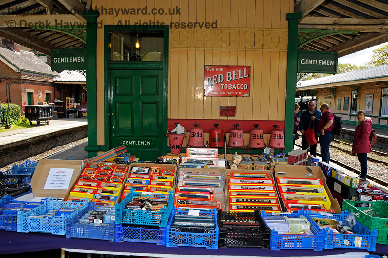 Bluebell Railway Toy and Rail Collectors Fair, Horsted Keynes Station, 30.04.2016  14978