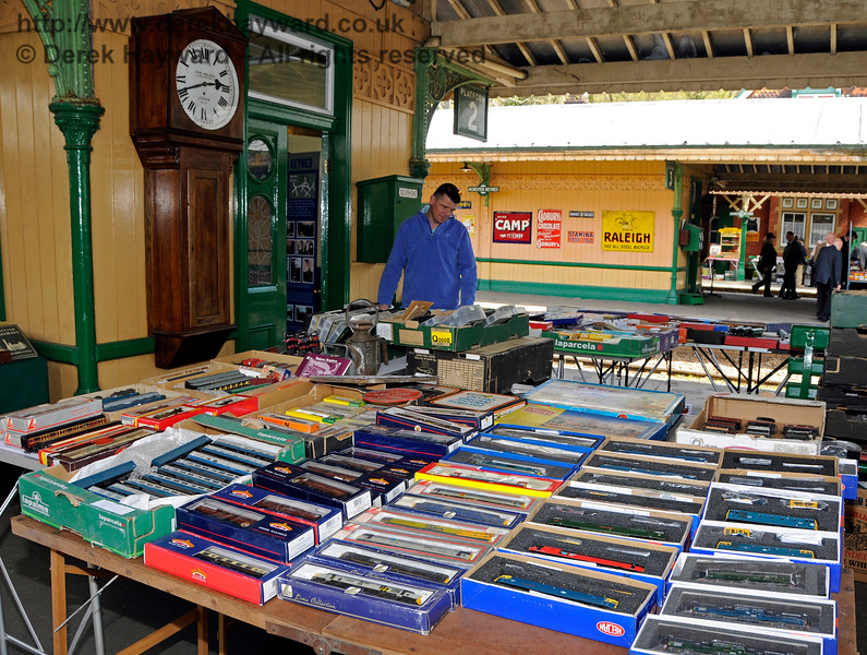 Bluebell Railway Toy and Rail Collectors Fair, Horsted Keynes Station, 30.04.2016  14986
