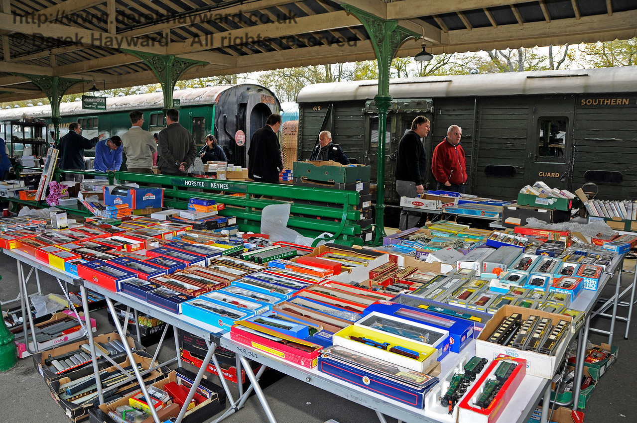 Bluebell Railway Toy and Rail Collectors Fair, Horsted Keynes Station, 30.04.2016  14990