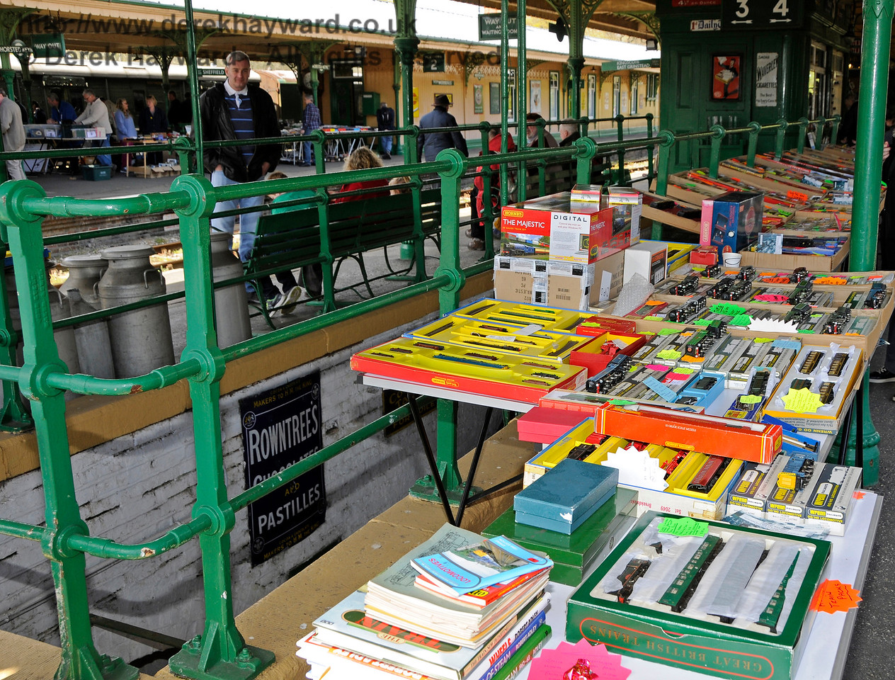 Bluebell Railway Toy and Rail Collectors Fair, Horsted Keynes Station, 30.04.2016  14983