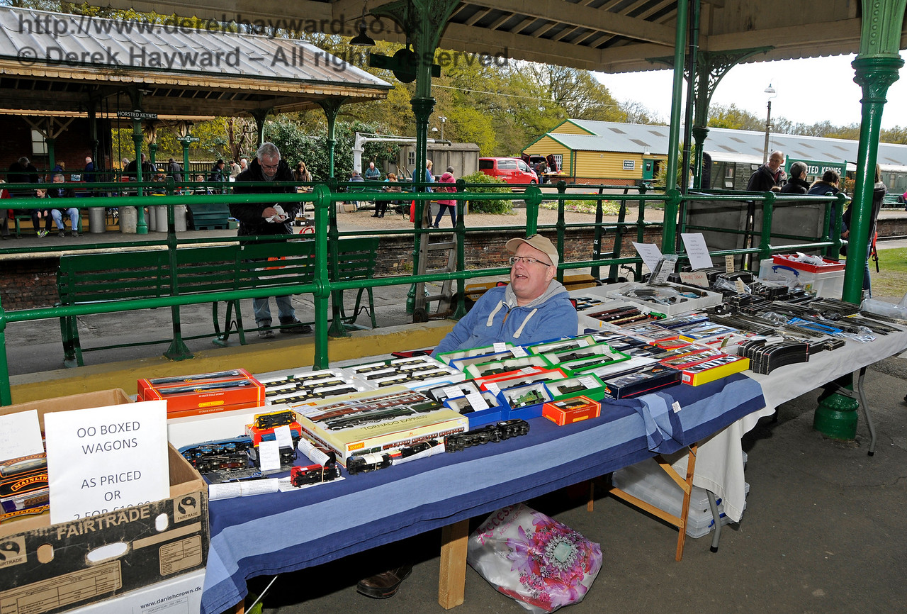 Bluebell Railway Toy and Rail Collectors Fair, Horsted Keynes Station, 30.04.2016  14992