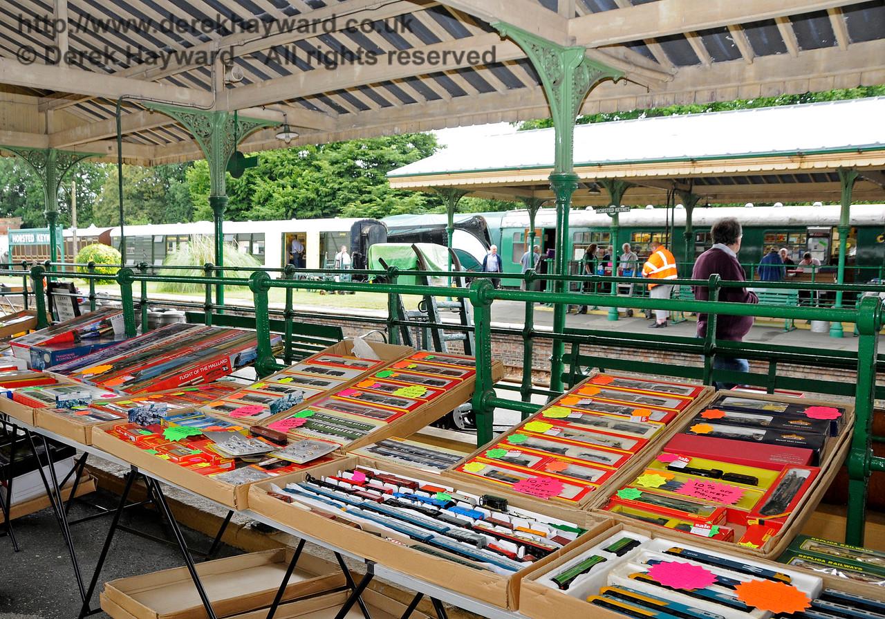 Toy and Rail Collectors Fair HK 300716 15861 E