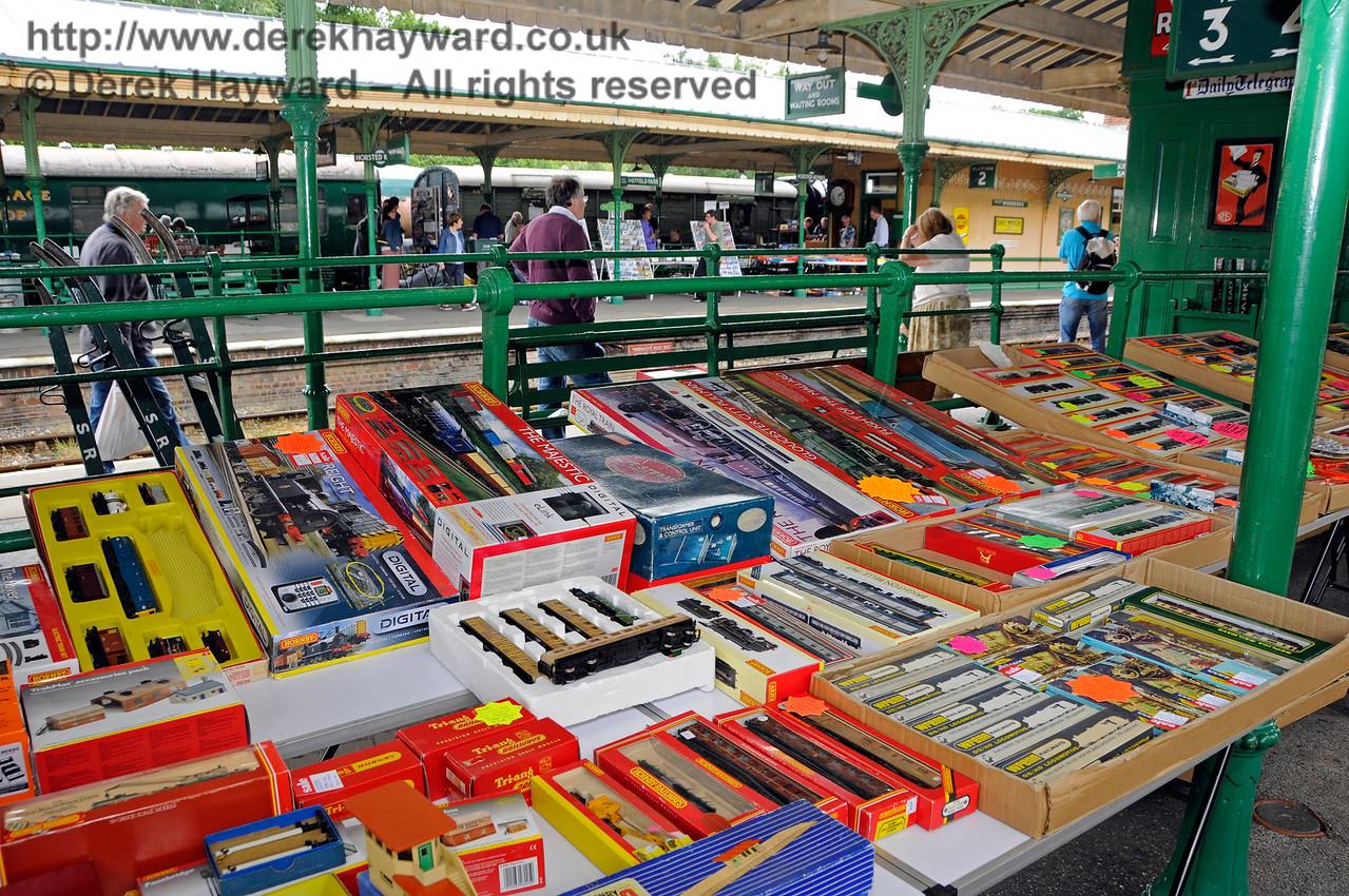 Toy and Rail Collectors Fair HK 300716 15860 E