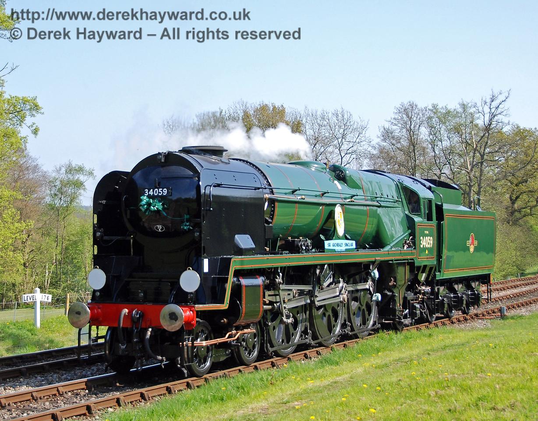 34059 Sir Archibald Sinclair runs round at Kingscote.  24.04.2009  0235
