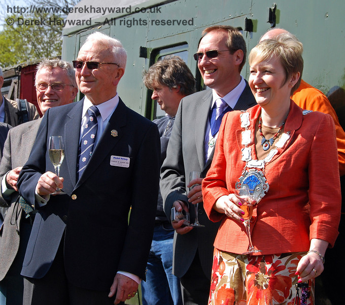 The Mayor of East Grinstead, Councillor Ginnie Waddingham, watches events. On the left (dark jacket) is Charles Hudson MBE, BPRS Trustee. Horsted Keynes 24.04.2009  0092