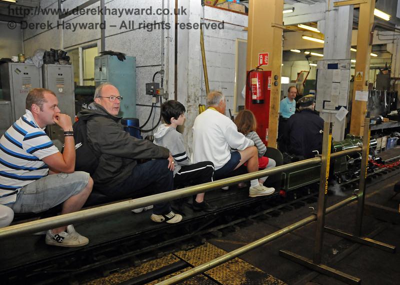 See workshops in comfort.... 06.08.2010   3577
