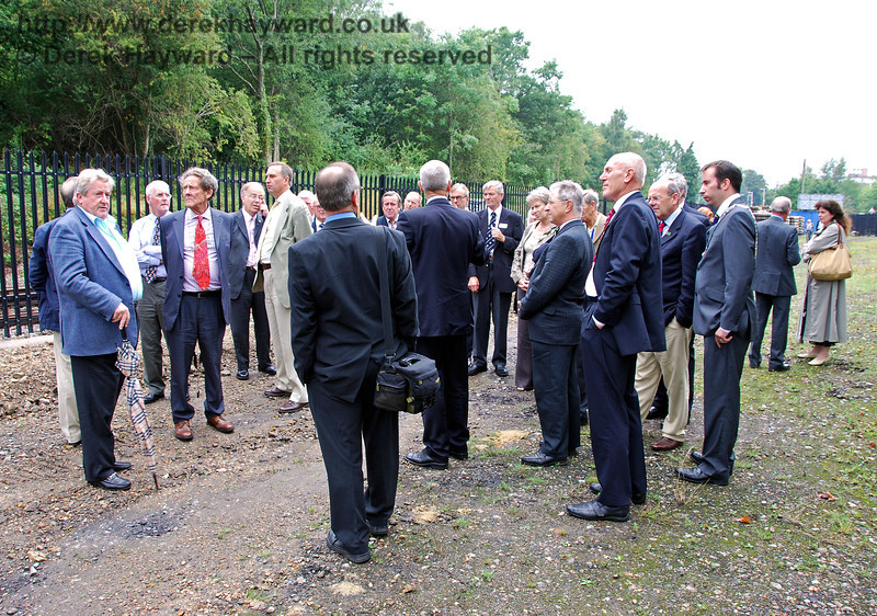 Distinguished guests were given a tour of the East Grinstead Station site. 07.08.2009