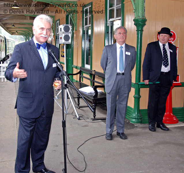 Graham Flight (Chairman and Secretary Bluebell Railway plc) says a few words at the start of the event, watched by Roger Kelly (Funding Director) and Tim Baker (Commercial Director). 07.08.2009
