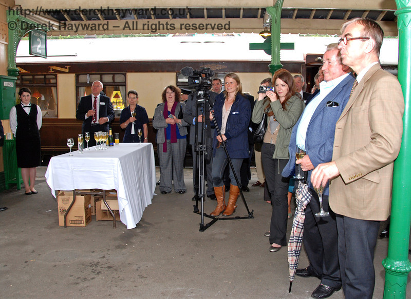 An attentive crowd including Sir William McAlpine (second right) listens to the speeches. A charming lady (in the brown boots) was filming for ITV Meridian News and a suitable piece subsequently appeared in the evening news. 07.08.2009