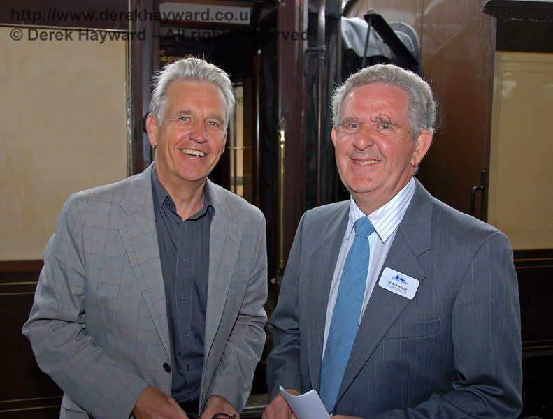 Nicholas Owen and Roger Kelly (Bluebell Railway Funding Director) pose at Horsted Keynes. 07.08.2009