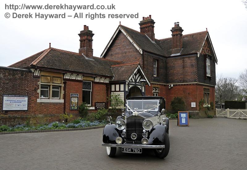 Vintage bridal transport at Sheffield Park.  05.04.2014  10237
