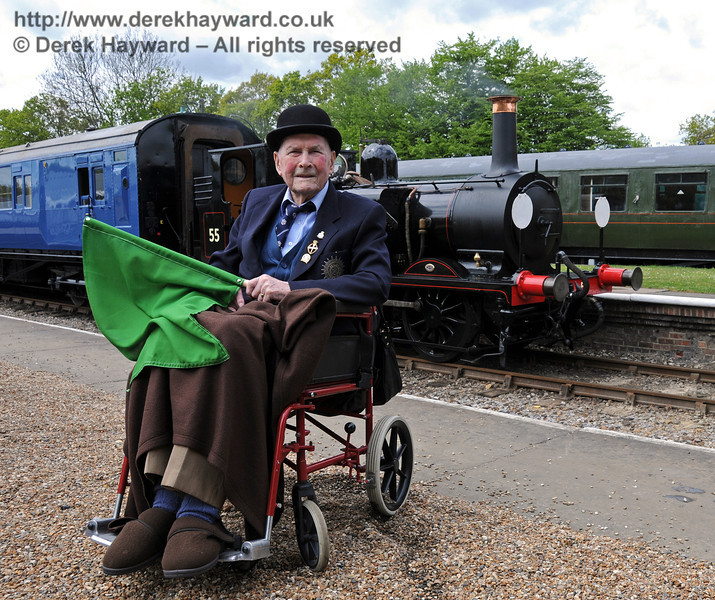 Bernard Holden MBE, President BRPS, poses in front of Stepney at Horsted Keynes. 17.05.2010  2566