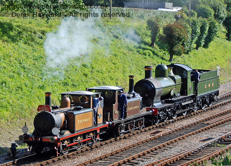 Stepney, Fenchurch and 9017 form up for the cavalcade. Horsted Keynes 12.08.2007