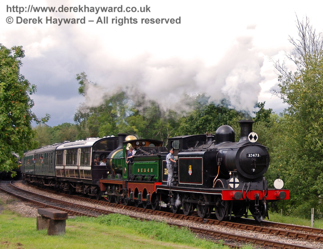 32473 and 65 make a spirited departure from Kingscote with a service train. 12.08.2007