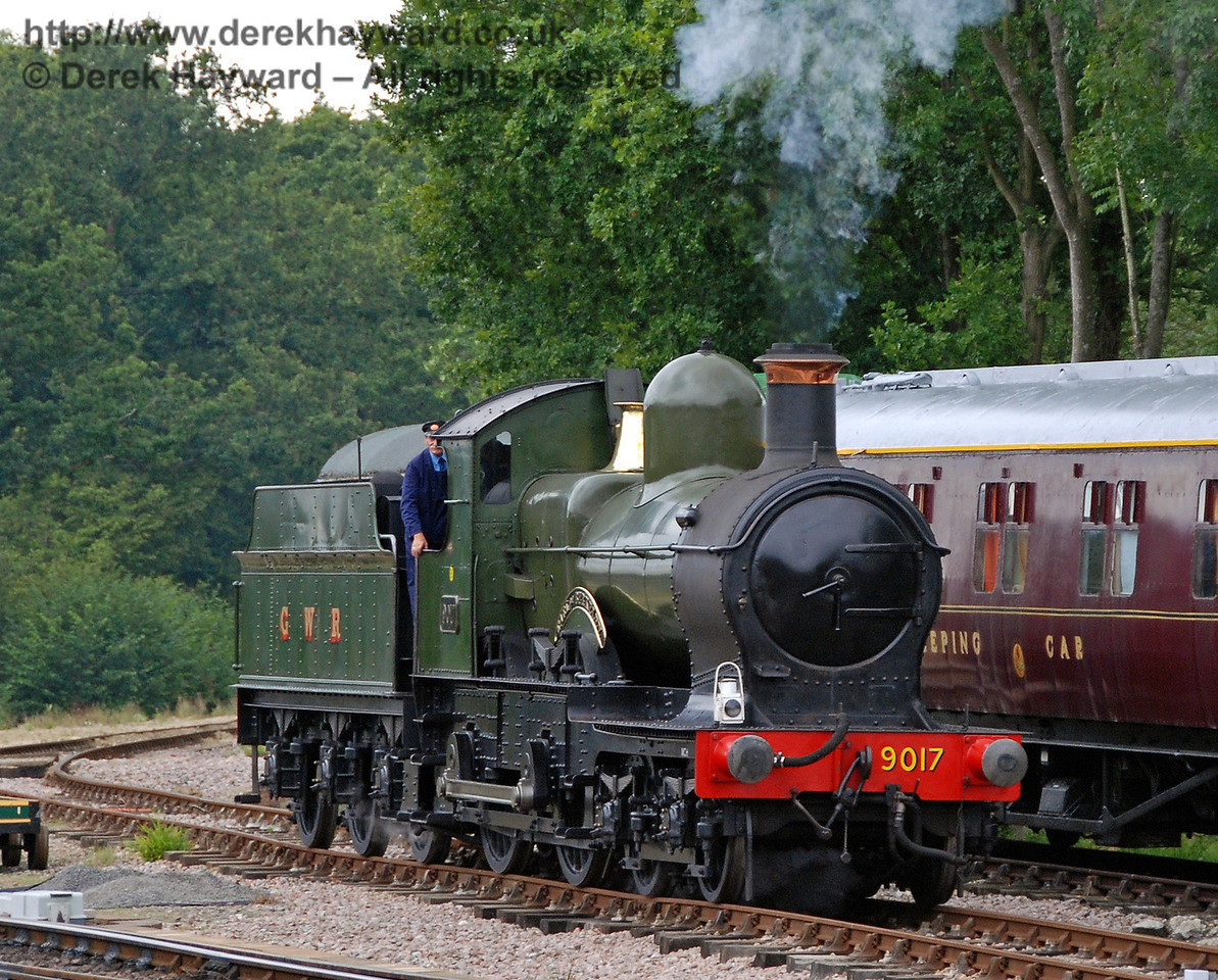 A light engine arrives at Horsted Keynes from Ardingly (well, almost). 12.08.2007