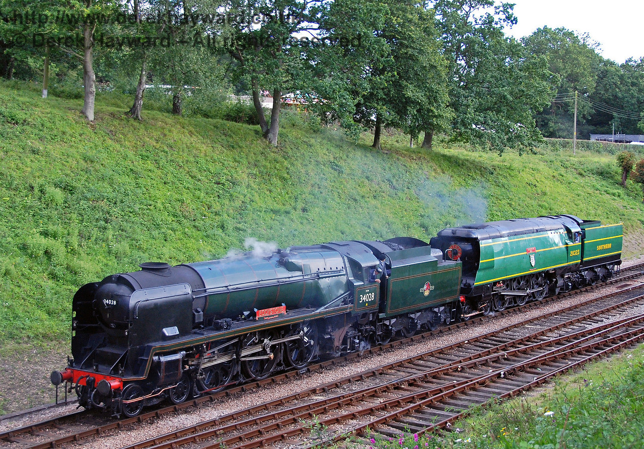 34028 Eddystone and 21C123 Blackmoor Vale prepare to double head the last service to Kingscote after the cavalcade. Horsted Keynes 12.08.2007