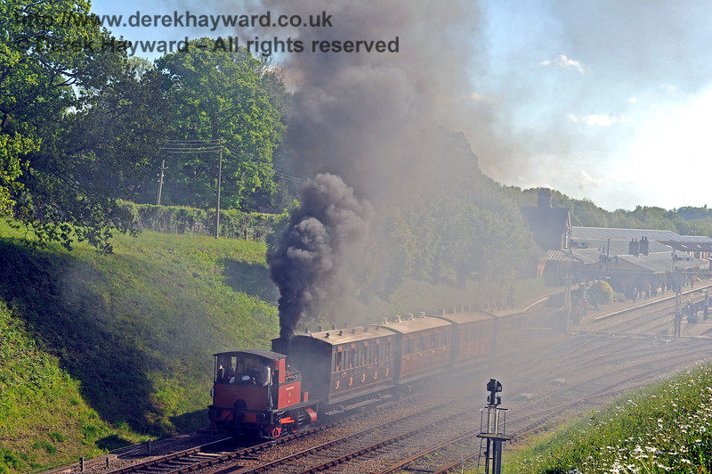 Captain Baxter provides a smoke screen as it leaves Horsted Keynes with the four wheelers. 14.05.2017 15304
