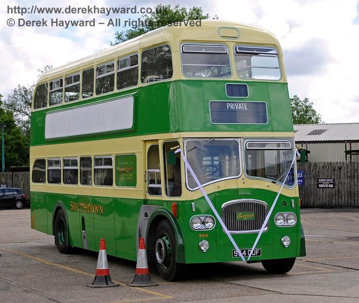 The Wedding Bus.  Sheffield Park 20.05.2017 17262