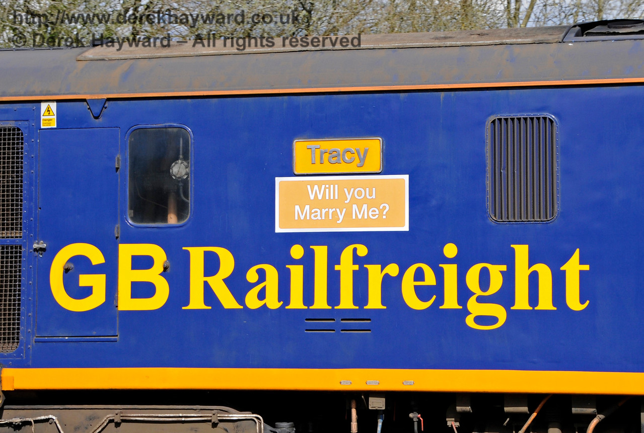 73107 carrying an important message from GBRf Business Manager Paul Taylor for Tracy Naylor.  She accepted...!  Bluebell Railway Diesel Gala, in association with GBRailfreight. 17.04.2016  14900
