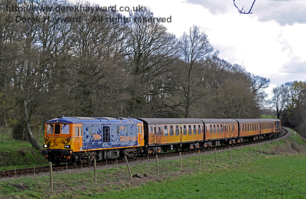 73964 hauls the 4-TC north from Sloop Bridge with 73107 bringing up the rear.  The 73/9 had very smooth, powerful, acceleration. Bluebell Railway Diesel Gala, in association with GBRailfreight. 17.04.2016  12835