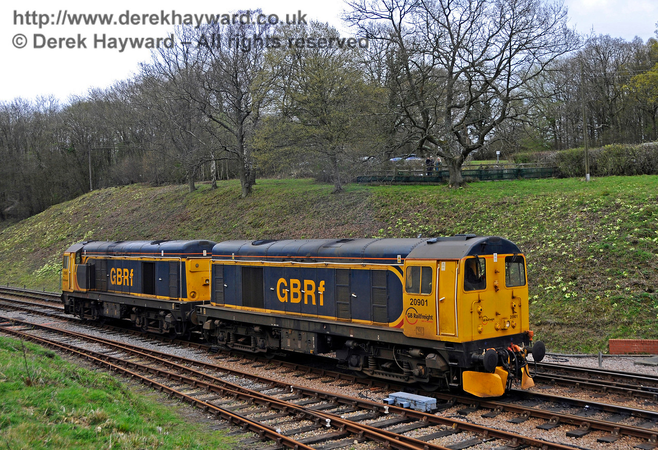 20901 (front) and 20905 at Horsted Keynes.  Bluebell Railway Diesel Gala, in association with GBRailfreight. 16.04.2016  14808