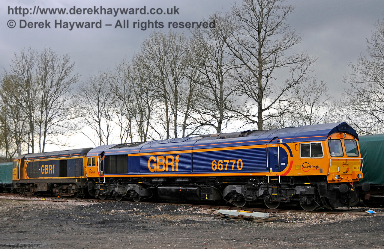 66770 was later coupled to 20901, hauled it from the Ardingly Spur, and propelled it at an appropriate speed to Sheffield Park. Bluebell Railway Diesel Gala, in association with GBRailfreight. 16.04.2016  14863