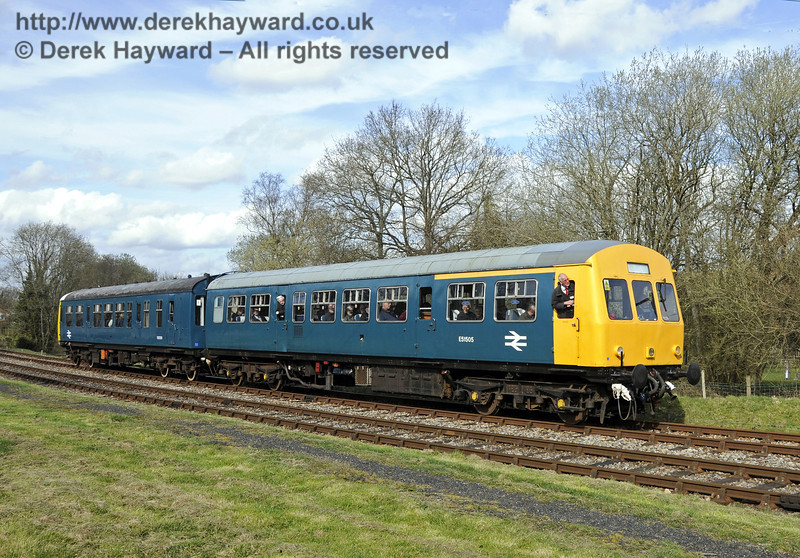 The DMU leaves Kingscote on it's last day of service with the Bluebell Railway.  21.03.2014  10097