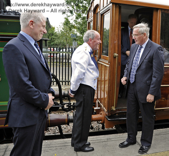 The Duke of Gloucester speaks with Roger Price, Museum Archivist, who was acting as Steward on board the Saloon.  10.10.2013  8305