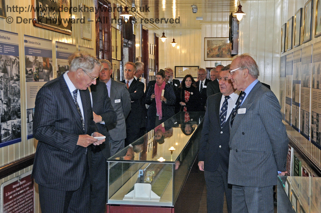 The Duke of Gloucester views the Bluebell Railway Museum.  10.10.2013  8274