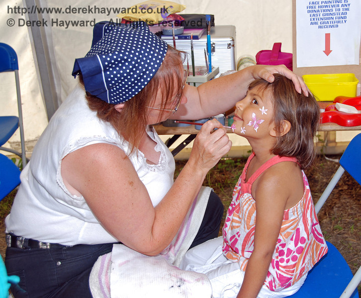 Another exciting face painting is created by the expert team. Family Fun Weekend Horsted Keynes 29.06.2008