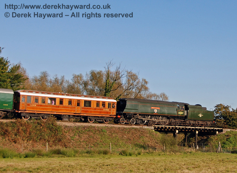 34007 Wadebridge returns to Sheffield Park with the Directors saloon. 20.10.2007