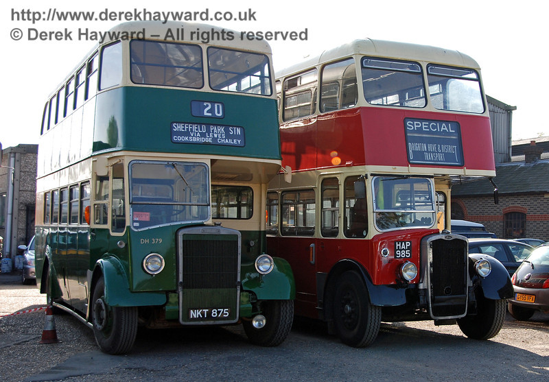 Vintage buses NKT875 and HAP985 wait at Sheffield Park. 21.10.2007