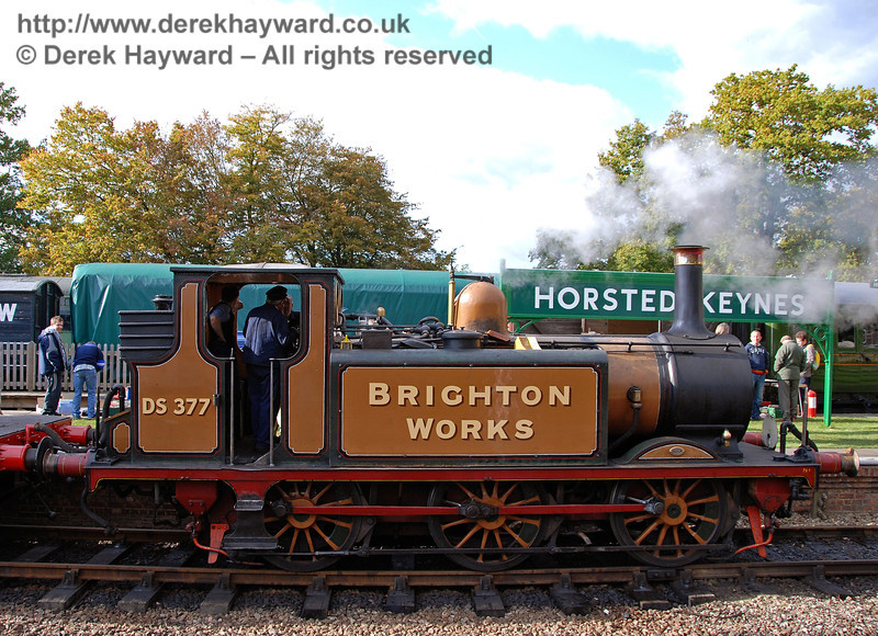 Stepney, running as the Brighton Works shunter, stands at Horsted Keynes 20.10.2007