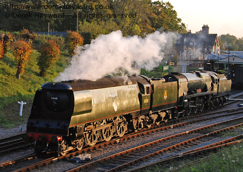 34081 92 Squadron and 34028 Eddystone shunt at Horsted Keynes prior to the Bulleid line-up. 19.10.2007