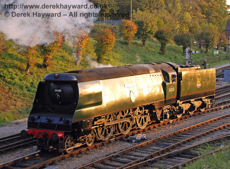 34081 92 Squadron catches the low sun as it prepares for the Bulleid line-up at Horsted Keynes. 19.10.2007