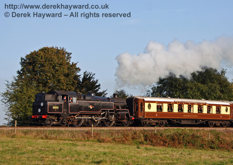 80151 hauls the Pullman north from Sheffield Park. 21.10.2007