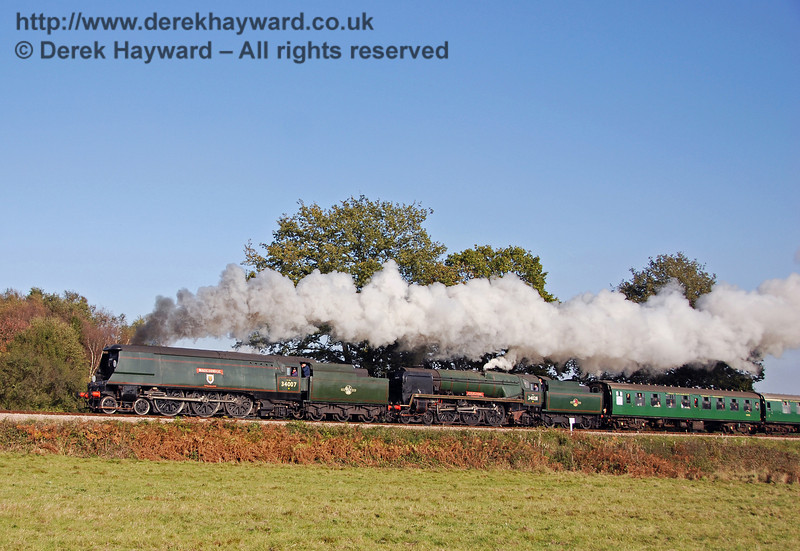 34007 Wadebridge and 34028 Eddystone climb Freshfield Bank 21.10.2007