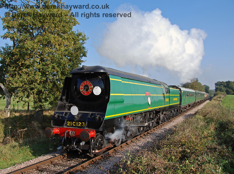 21C123 OVS Bulleid climbs Freshfield Bank 21.10.2007