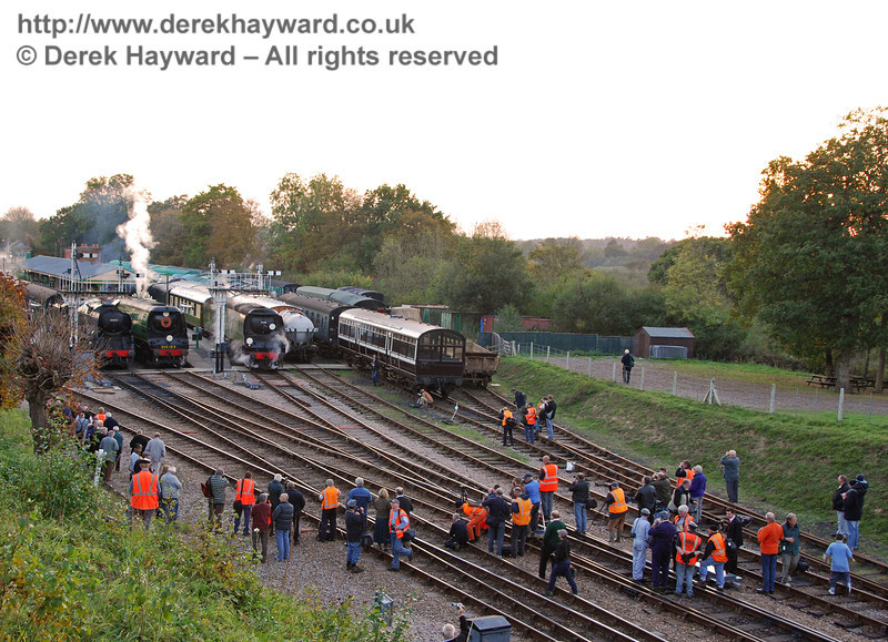 Yes, that may be you, folks. Horsted Keynes 19.10.2007