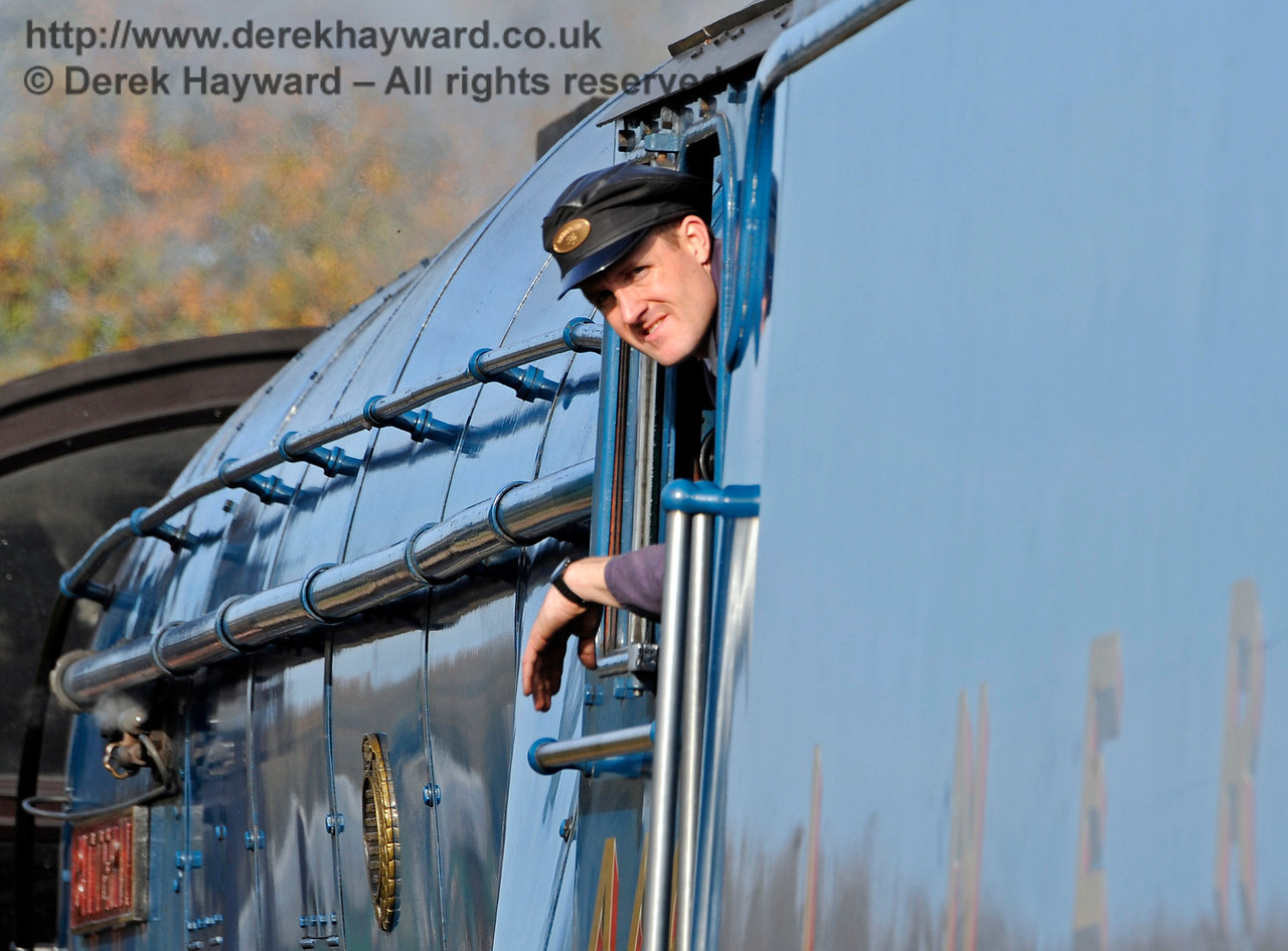 A crew member on board 4464 Bittern at Horsted Keynes.  31.10.2015  12385