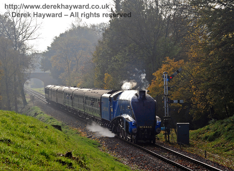 4464 Bittern passes the Kingscote Home signals with a northbound train.  31.10.2015  12370