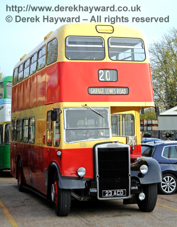 One of the vintage buses providing the service between Brighton and Sheffield Park.  30.10.2016 16648