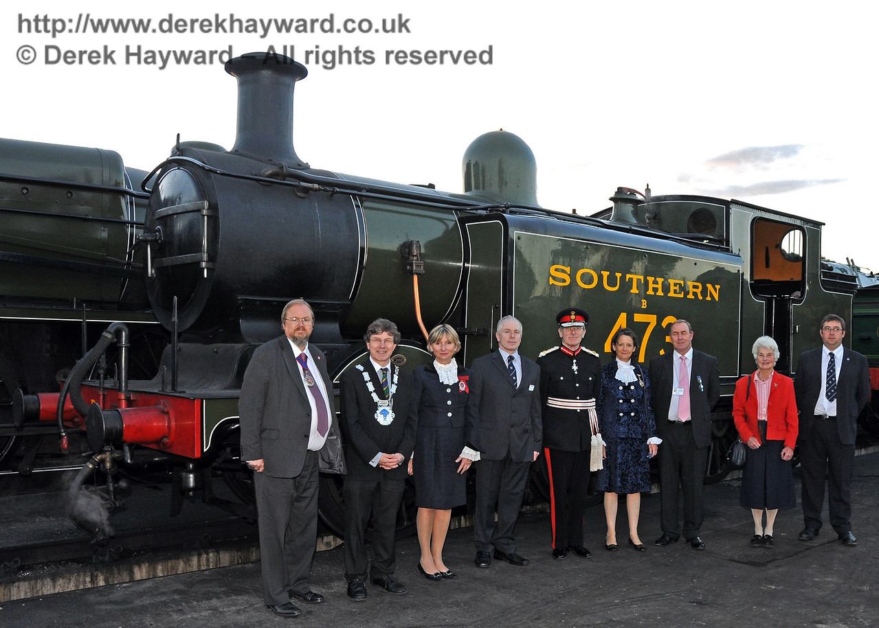 Distinguished guests kindly pose in front of B473. Sheffield Park 16.09.2010