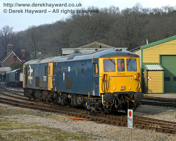 "The two Class 73 Electro-Diesels, 73207 and 73119 ""Borough of Eastleigh"", shunt at Horsted Keynes.  28.03.2013  8621"