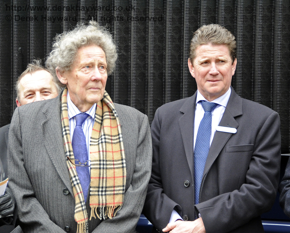 Gordon Pettitt and John Smith, Managing Director GBRf.  Horsted Keynes 28.03.2013  6334