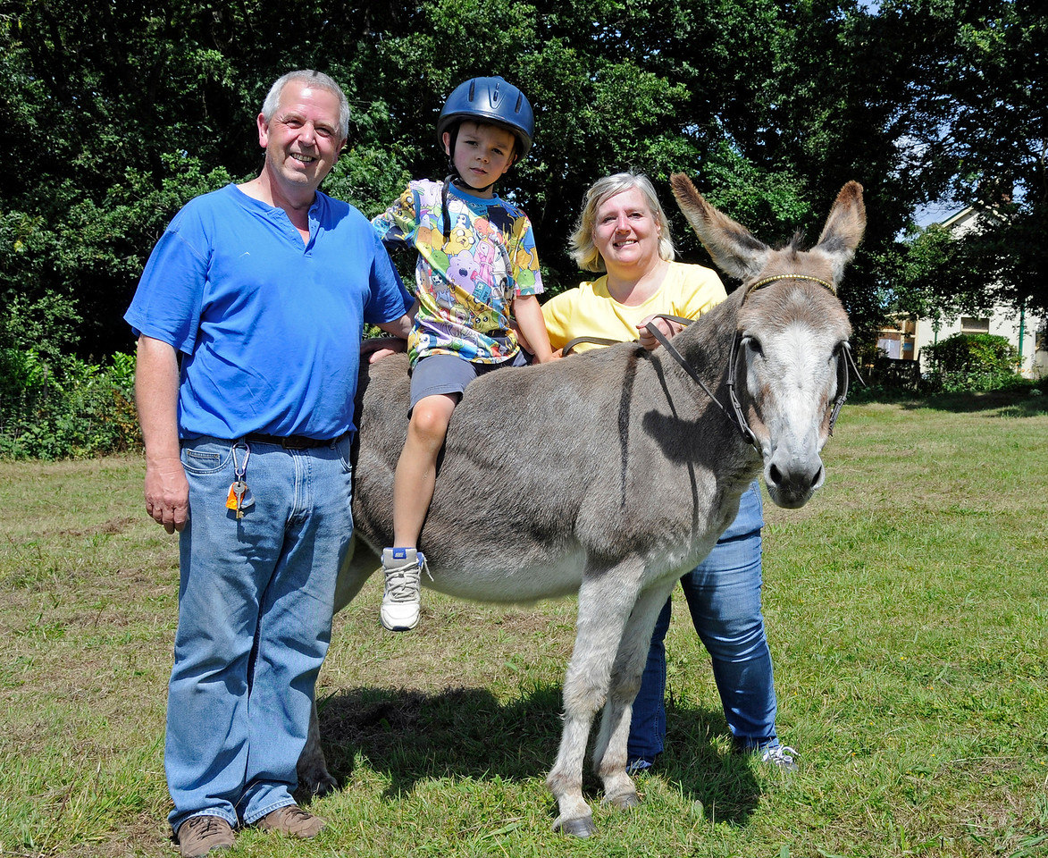 Donkey rides were available for younger visitors.  Horsted Keynes  01.08.2015  13349